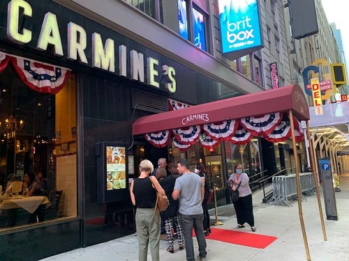 Carmine's Returns to Times Square