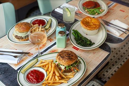 Old John's Luncheonette makes retro return to the UWS