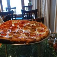 Anselmo's  Pizzeria