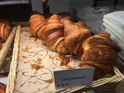 Maison Kayser opens in Times Square